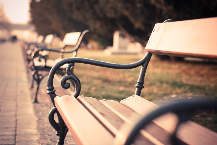 vintage-old-city-bench-picjumbo-com